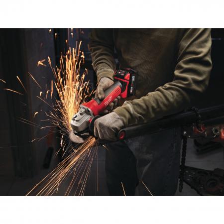 MILWAUKEE HD18AG115-0 - M18™ 115 mm úhlová bruska s kolébkovým spínačem 4933411210